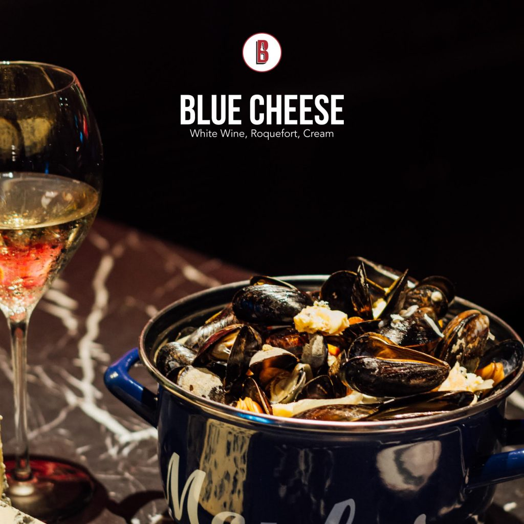 Blue Cheese mussels